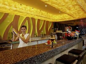 Centara Pattaya Hotel - Lobby Bar 02