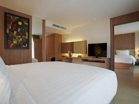 Centara Pattaya Hotel - 2 Bedroom Connecting