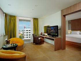 Centara Pattaya Hotel - 1 Bedroom Suite 02