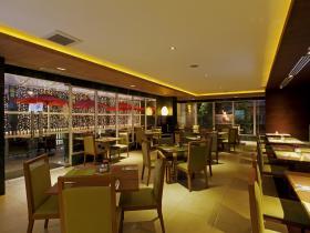 Centara Pattaya Hotel - Mix Bistro Restaurant
